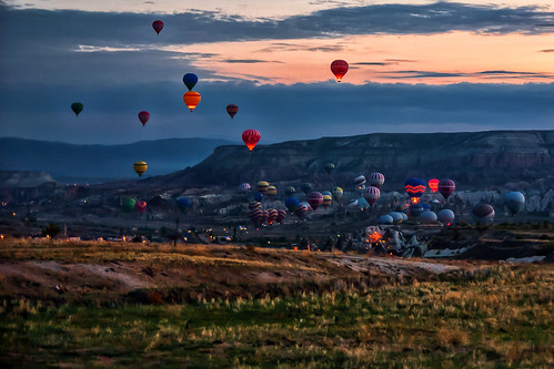 sunrise turkey butterfly balloons ballooning cappadocia kapadokya capadocia nevşehir centralanatolia kappadokía butterflyballoons