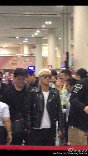 BIGBANG departure Macao to Seoul 2015-10-26 shanliangdeamo (4)