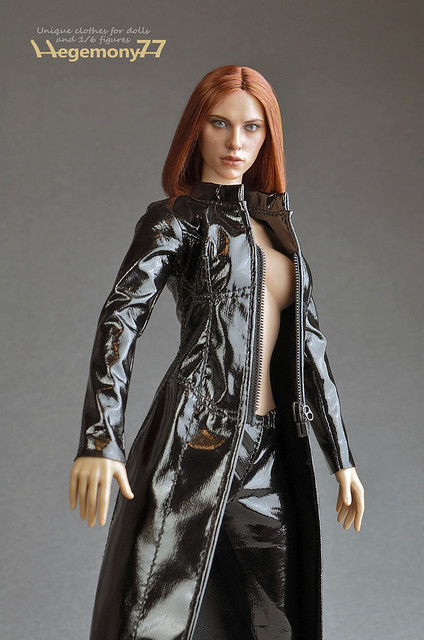 Sixth scale custom female outfit set - The Matrix Trinity Trench coat and leggings on Phicen seamless figure body