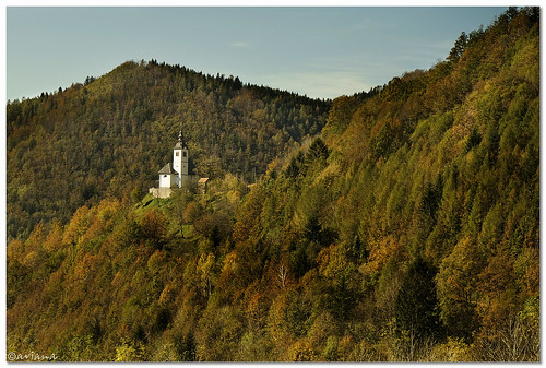 autumn building church slovenia aviana2 sonya7 stržišće