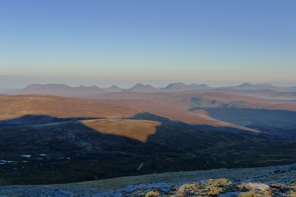Light on the Assynt Hills