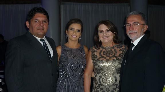 -Luis Rodolfo e Andréa Carneiro com Antonieta e Dagnaldo Coimbra