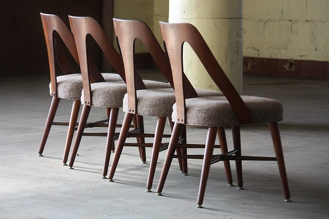 Daunting Lawrence Peabody Sculptural Dining Chairs for Richardson Nemschoff (U.S.A., 1960s)