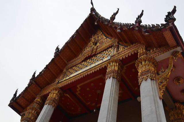 Tejado de uno de los edicios más espectaculares del Gran Palacio de Bangkok