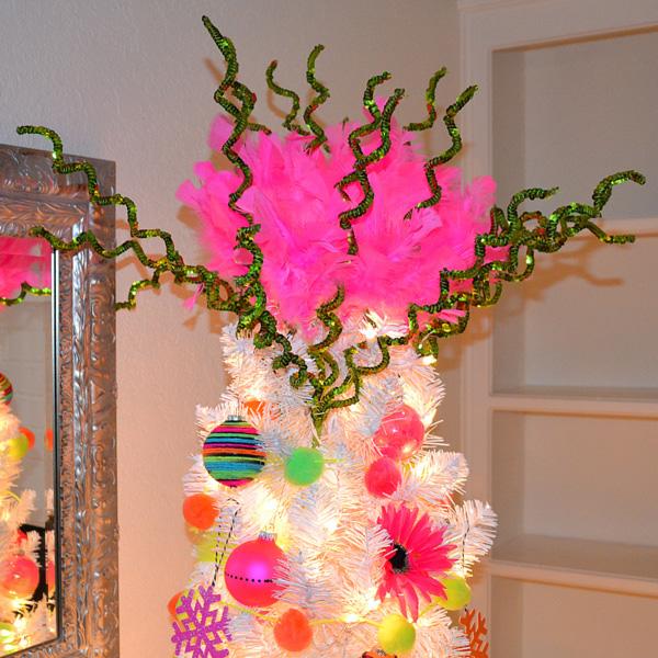 001-neon-tree-dreamalittlebigger