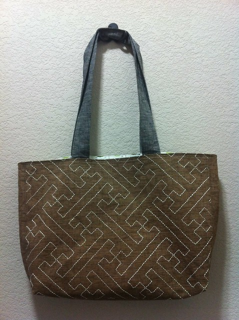 Front 1 of my sashiko tote bag, with traditional sayagata stitch design.