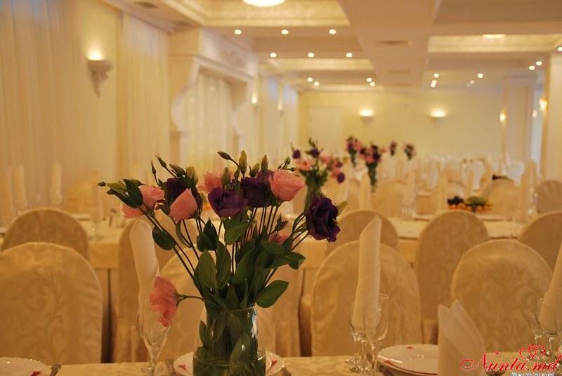 """""""British Hall """" - restaurantul  evenimentelor regale !  > Foto din galeria `Despre companie`"""