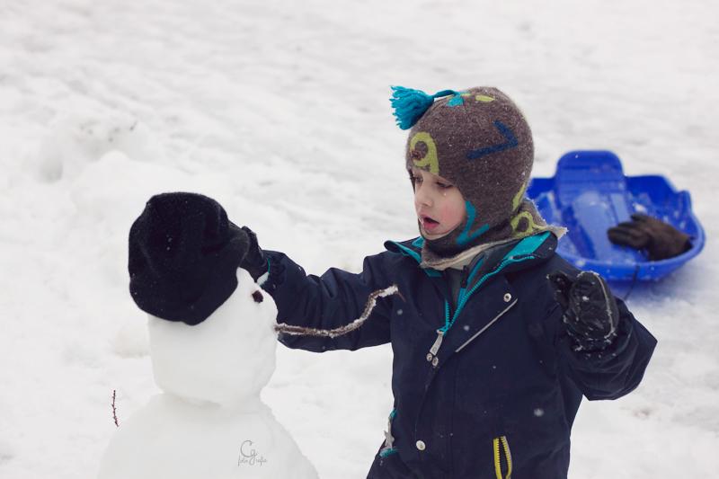 pol-y-el-muñeco-de-nieve