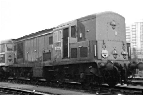 D8221_1968_04_Stratford3