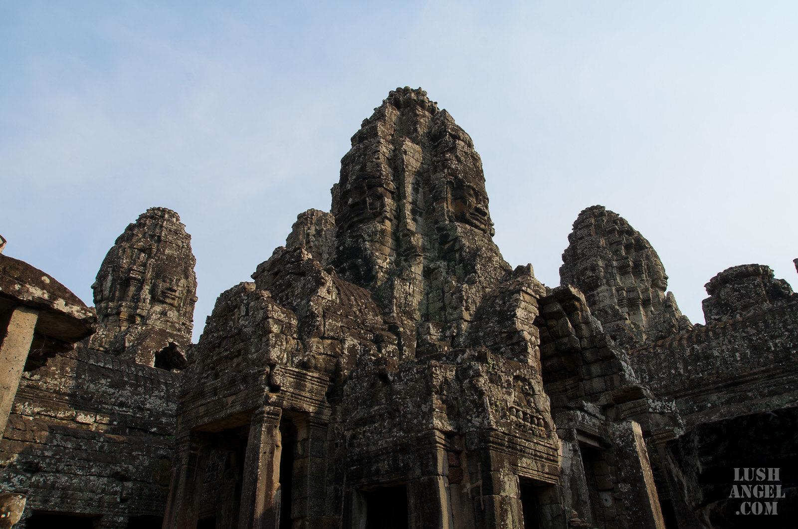 cambodia-bayon-temple-faces