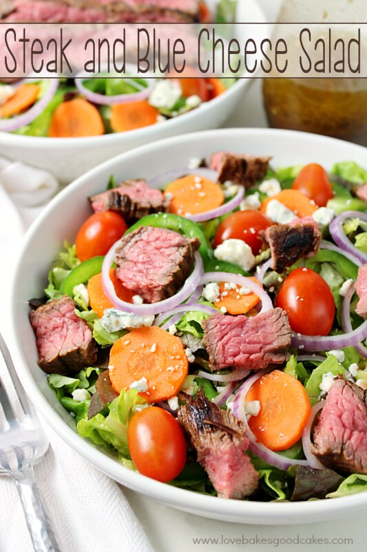This Steak and Blue Cheese Salad is perfect for a quick and easy weeknight meal! My family loved this one! #blendedconf #AZMilk #westvalleymoms #3aday #ad