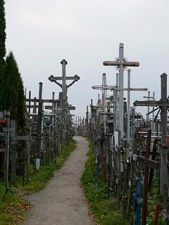 Stezka mezi kříži