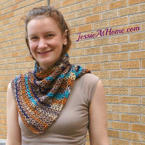 Wrapped-in-Blue-Free-Crochet-Pattern-Multi-on-Leah