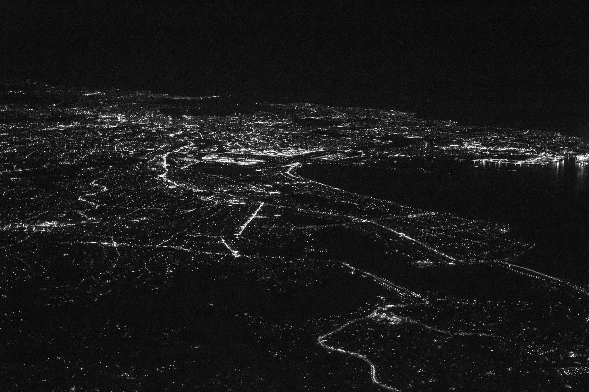 Sydney Night Landing