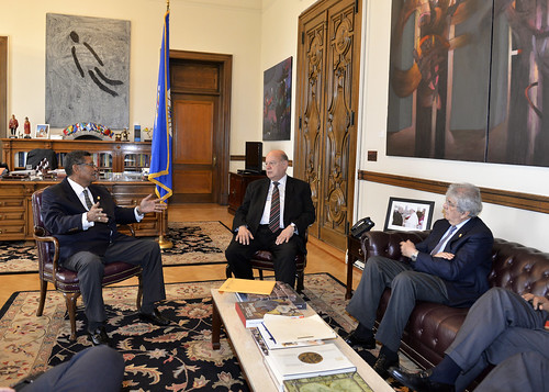 OAS Secretary General Met with the President of the Central American Parliament