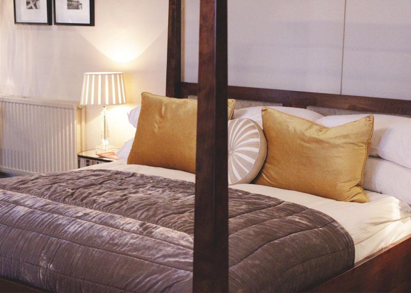 Rooms at The Manor, Elstree, Bumpkin Betty