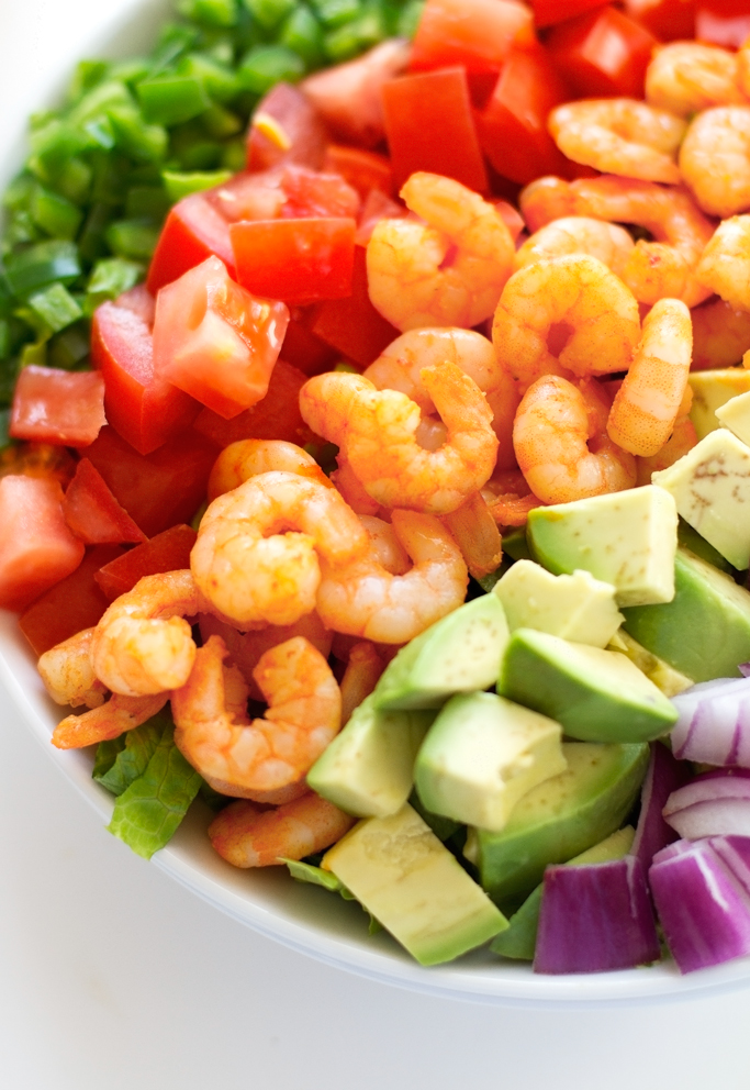 Avocado Shrimp Salad with Cumin Lime Dressing - a refreshing salad with the most delicious dressing! #limedressing #shrimp #salad #shrimpsalad | littlespicejar.com