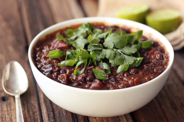 Chipotle Black Bean and Quinoa Crock-Pot Stew