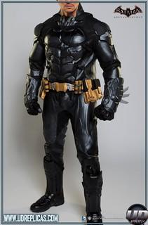 蝙蝠俠:阿卡漢騎士電玩版造型騎士皮衣推薦!