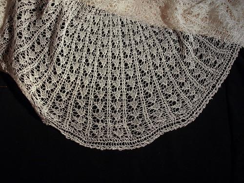 Fixing lace shawl (IV)