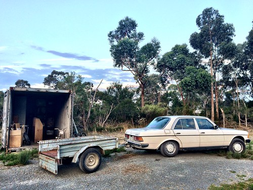 How I move stuff. 300D plus ancient trailer.