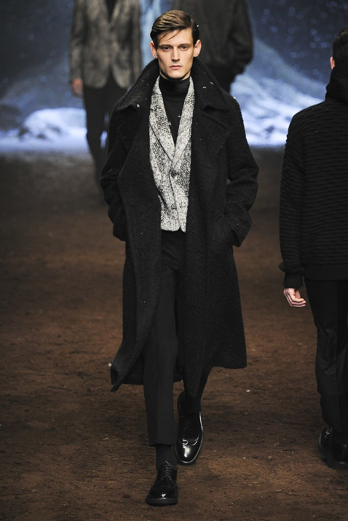 FW15 Milan Corneliani044_Adam Butcher(VOGUE)