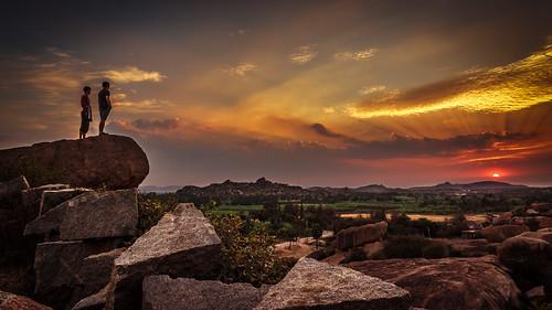 world travel sunset sky people india heritage colors canon landscape site rocks dof hills boulders karnataka hampi 600d hemakuta