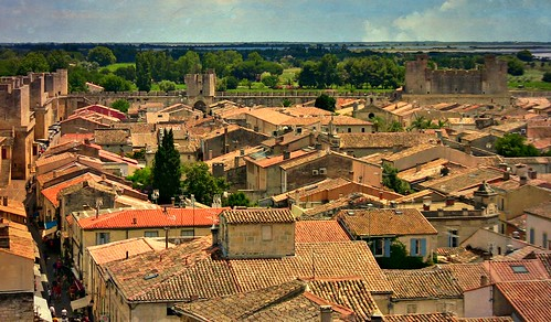 FRANCE - Provence, Camargue , Aigues-Mortes, Blick auf die von der Stadtmauer eingeschlossene Altstadt, 12458/4792