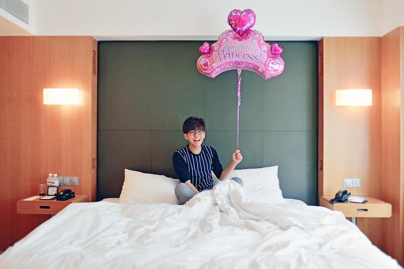 typicalben princess balloon