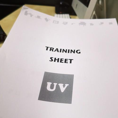 日曜日、1個目のトレーニングはUVプリンタ。