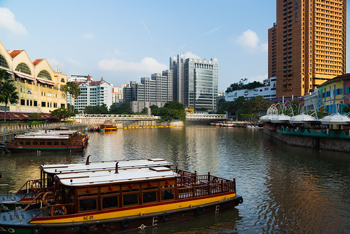 singapore restaurants hotels clarkequay singaporeriver shoppingmalls watertaxis fromreadbridge