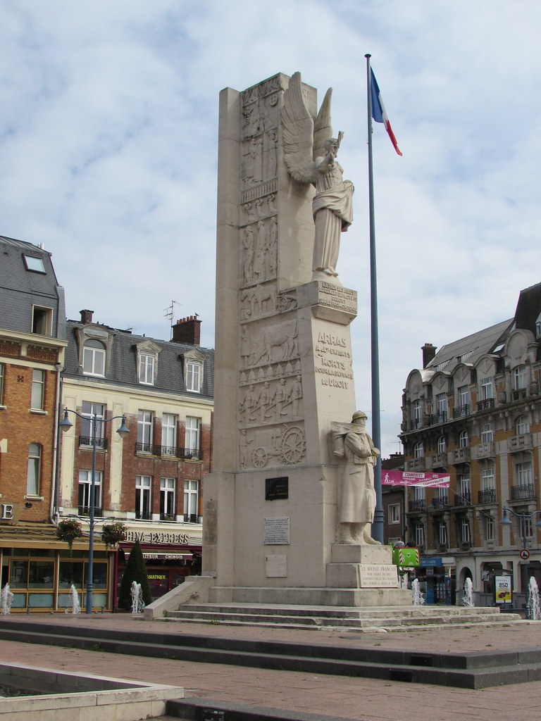Arras: Place des Heros (Pas-de-Calais)