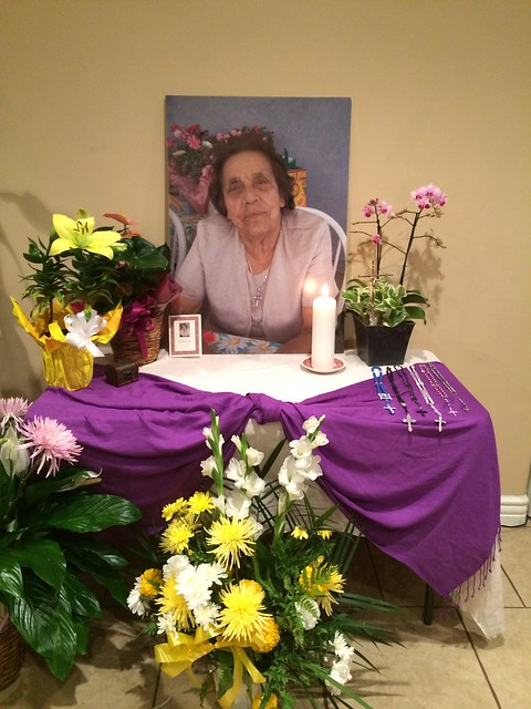 Mamá Toni's altar