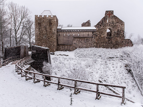 park travel winter snow castle landscape ruins europe ngc eu latvia nikkor snowfall latvija 2015 sigulda зима снег руины latvijasrepublika латвия nikond810 снегопад nikkor2470 сигулда segewold livonianbrothersofthesword siguldamedievalcastle schwertbrüderorden замокзегевольд