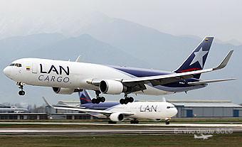 LAN Cargo B767-300F N312LA landing (A.Ruiz)