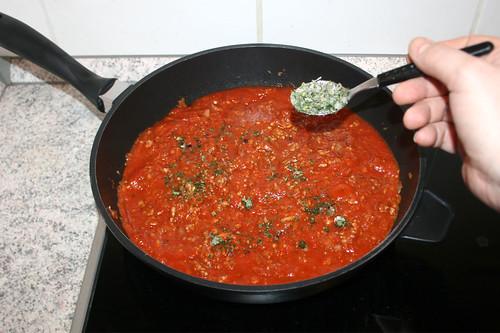 33 - Italienische Kräuter unterheben / Add italian herbs