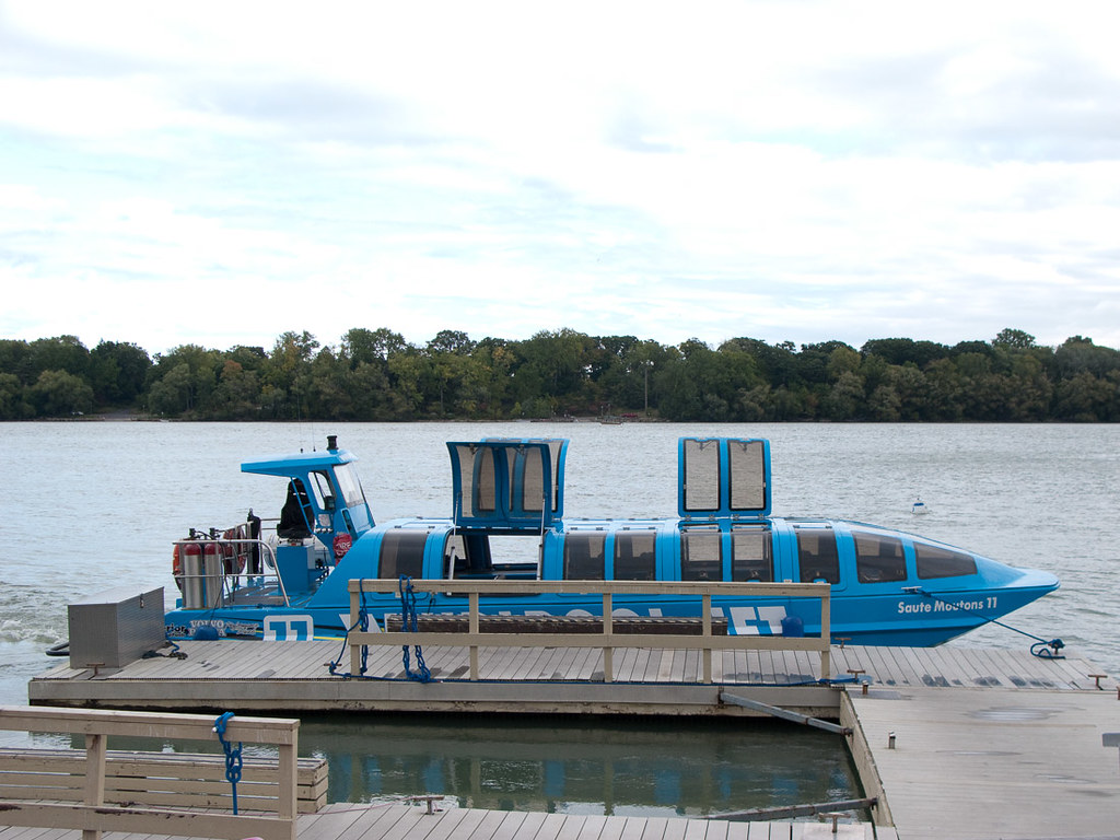 Whirlpool Jet Boat Tour (covered boat)