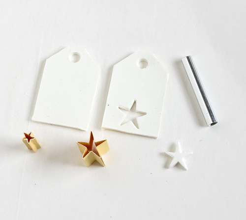 DIY Clay Gift Tags | www.vitaminihandmade.com