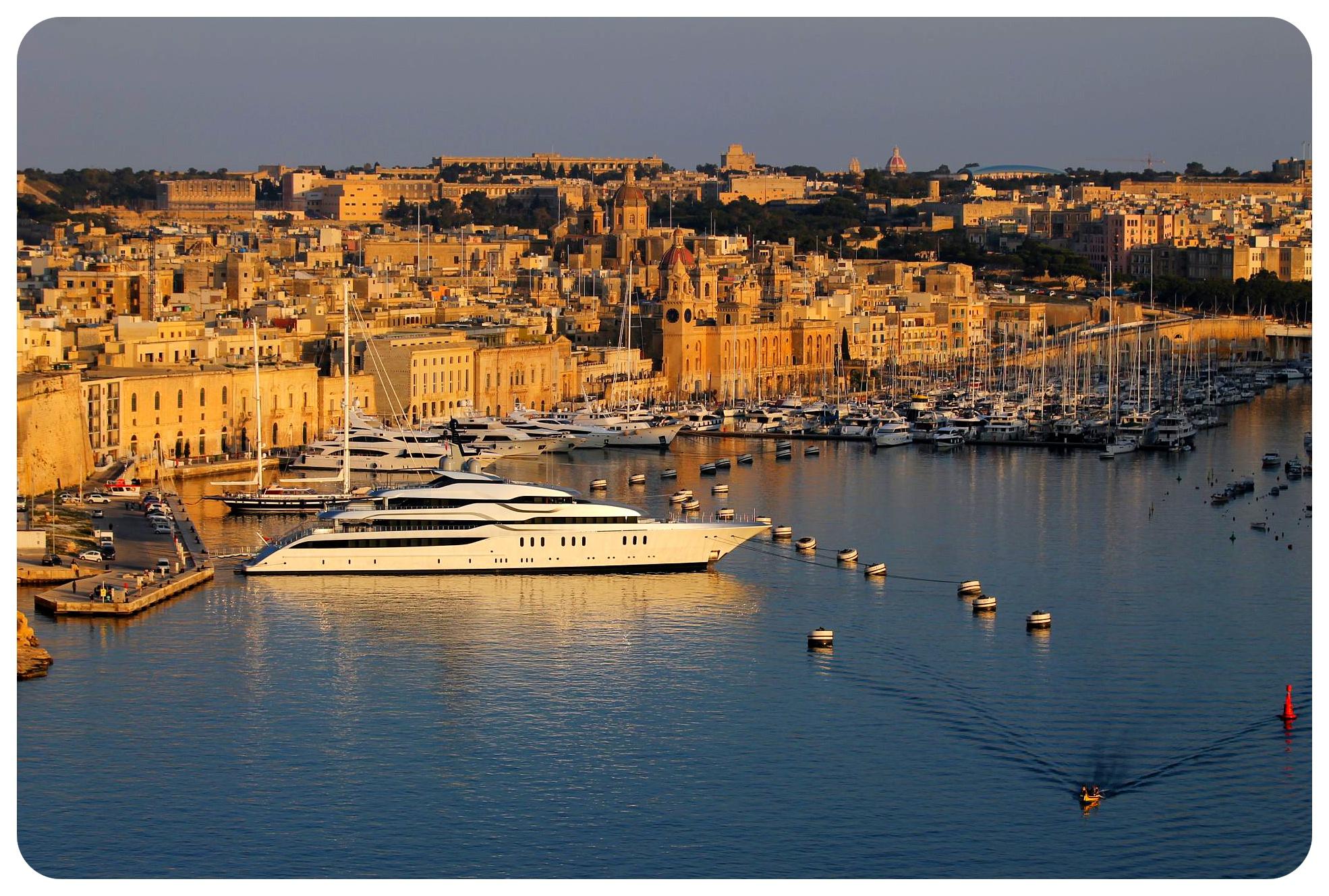 malta harbor view valetta