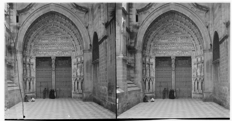 Puerta del Reloj hacia 1900. Fotografía de Alois Beer © Österreichische Nationalbibliothek