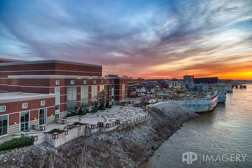 park bridge sunset night realestate performing arts center commercial riverpark slouds smothers bbtplaza