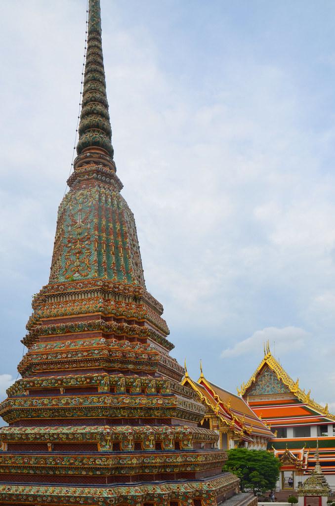 Impresionantes construcciones del Palacio Real de Bangkok