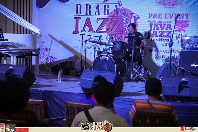 Pre Event Java Jazz Festival 2015 - Braga Jazz Walk Braga CityWalk- Drum Clinic (2)