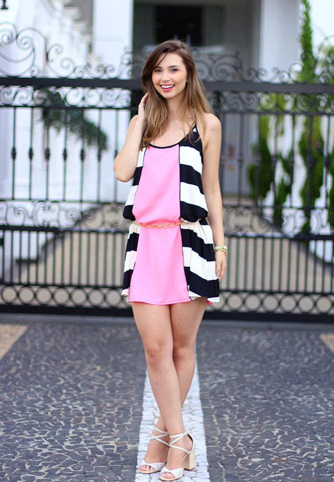 01-look do dia vestido rosa com listras sly wear