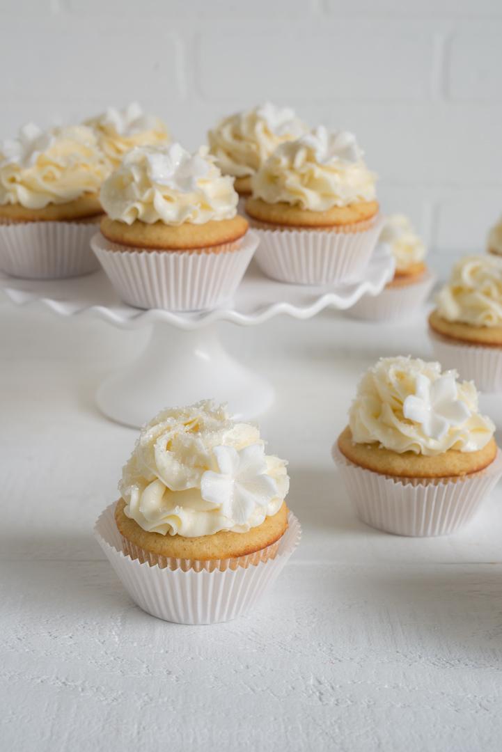 Sparkling Tahitian Vanilla Cupcakes with Tahitian Vanilla Swiss Meringue Buttercream #vanillaweek