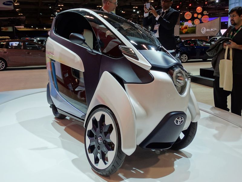 Toyota i-Road at 2015 CIAS