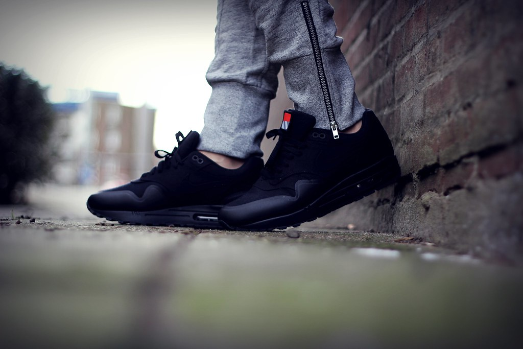 timeless design 10fd8 c1fc9 Nike Air Max 1 V Sp Patch Black