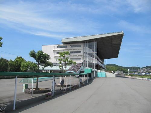 姫路競馬場のスタンド