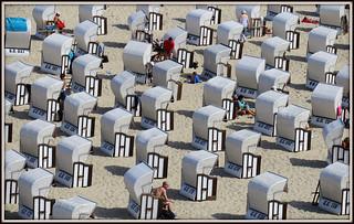 תמונה של Hauptstrand. sellin strand urlaub holiday beach strandkorb ostsee rügen seebad canon powershotg3x