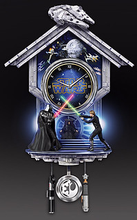 《星際大戰》西斯 VS. 絕地 立體造型掛鐘 Sith Vs. Jedi Wall Clock With Light-Up Lightsabers